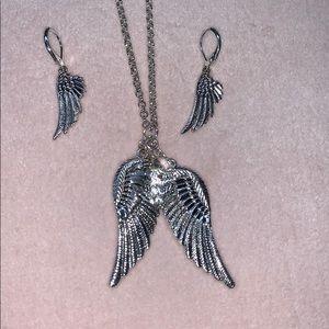 Jewelry - Angel wings necklace & earring set
